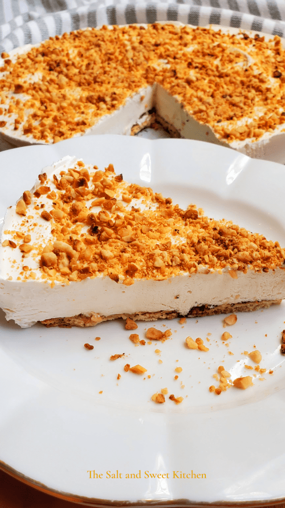 If you are looking for easy no bake desserts recipes, you will this no bake pie idea! Creamy, refreshing and is favorite easy dessert topped with roasted hazelnuts.