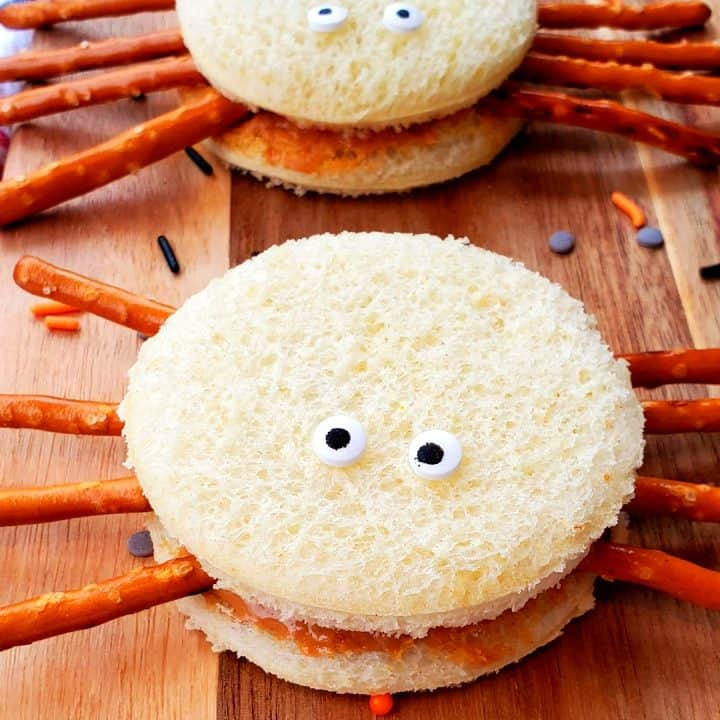 Peanut Butter and Jelly Spiders