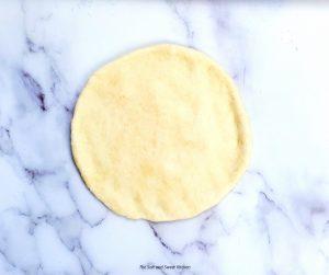 manakish dough round