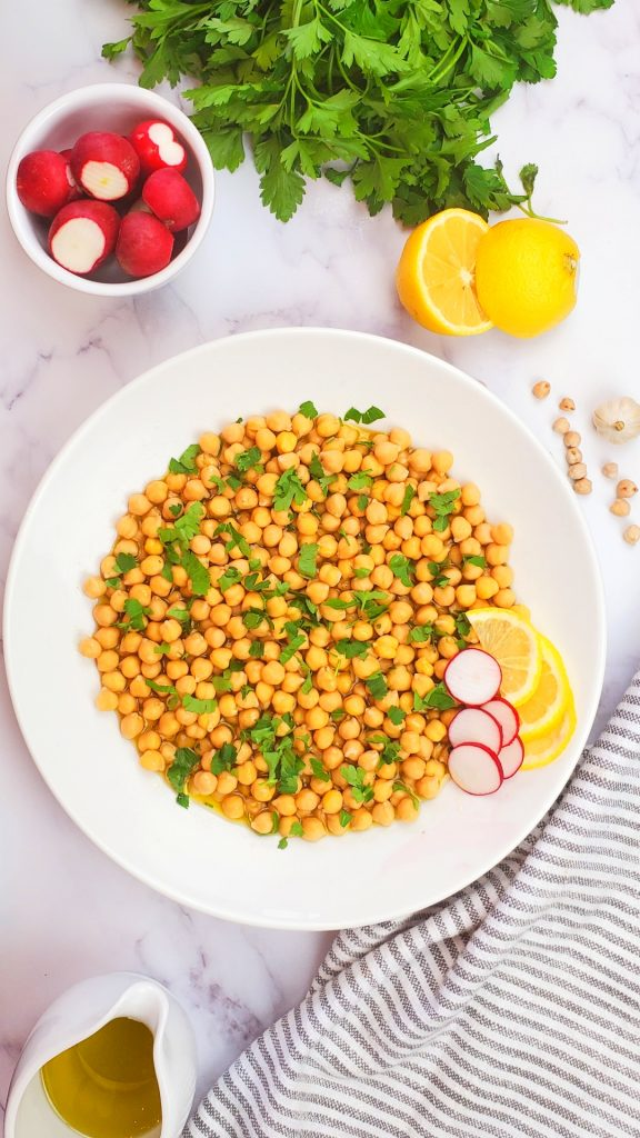 If you are looking for gluten free recipe or Lebanese recipes, you will love this vegan lemon garlic chickpea dish.