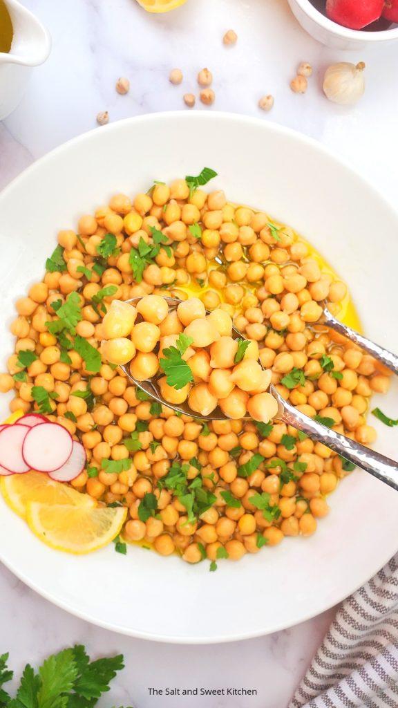 Vegan salad- Vegan Lemon Garlic Salad.