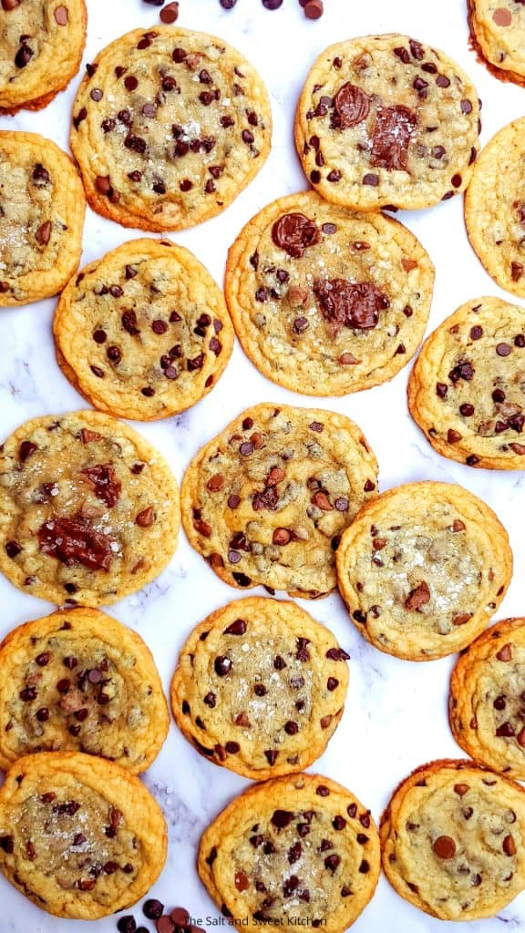 Are you looking for the best no chill chocolate chip cookies recipe that is thin and chewy? Look no further, these brown butter chocolate chip cookies are everything a chocolate chip cookie should be!