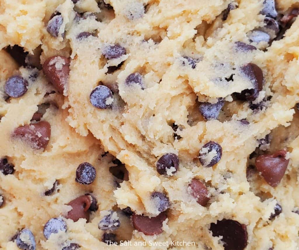 ultra thin chocolate chip cookies dough
