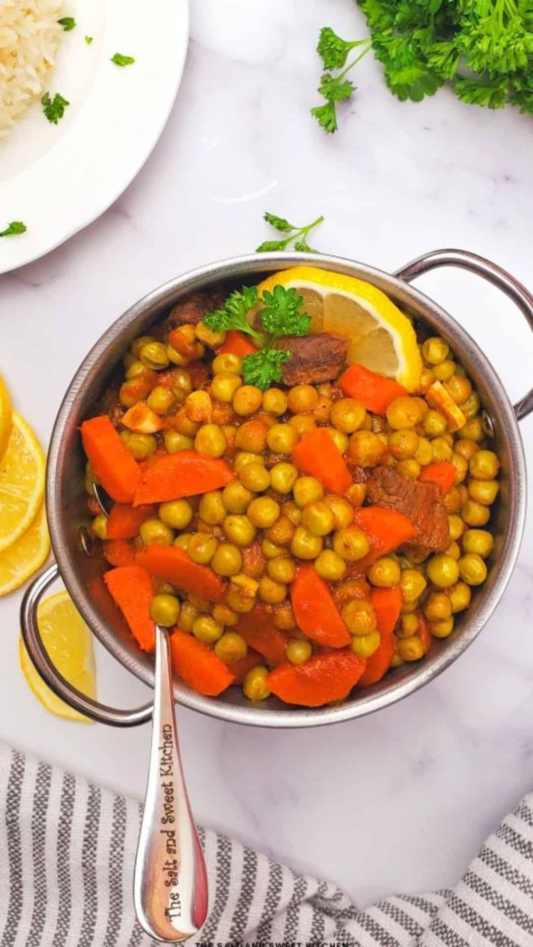 Peas and Carrots Stew (Bazella w Riz)