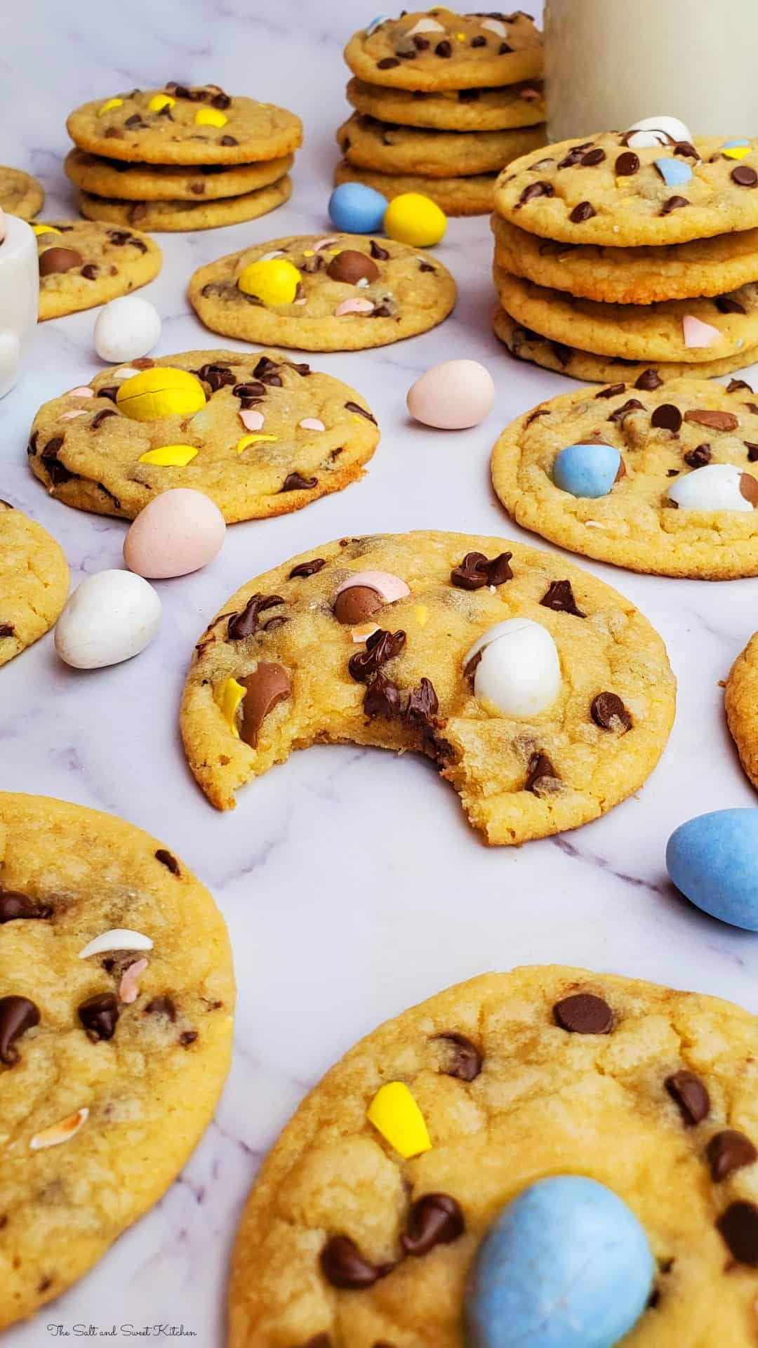 Easter Chocolate Chip Cookies