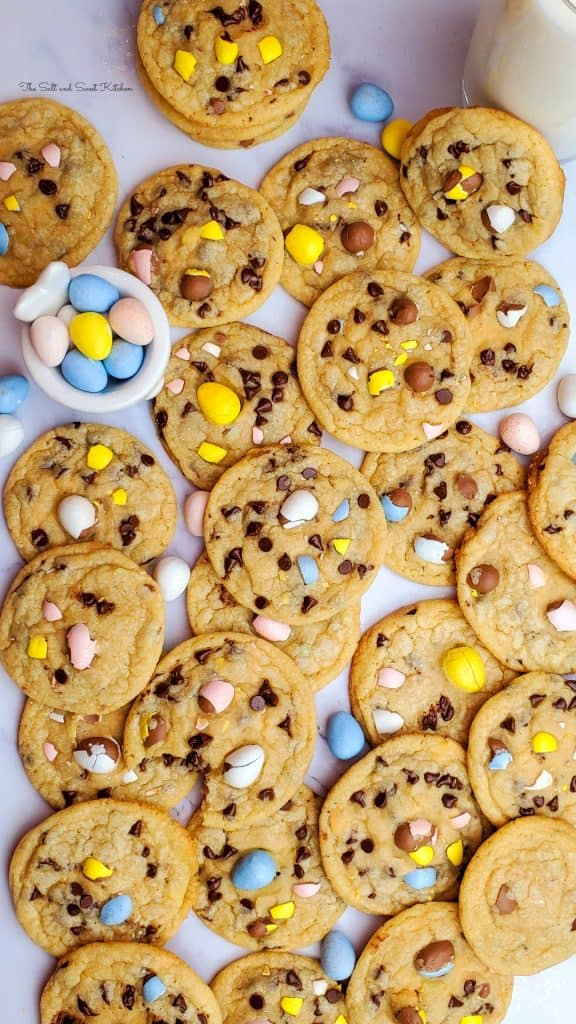 If you are looking for Easter desserts for kids, you will love these Easter cookies with mini eggs.
