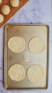 manakeesh dough